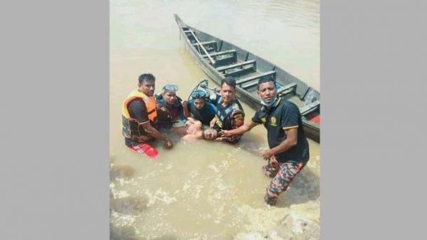 দুর্গাপুরে নদীতে বালু শ্রমিকের মৃত্যু